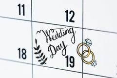 Close up do lembrete do calendário do dia do casamento Imagem de Stock
