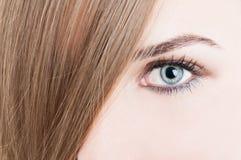 Close up do olho verde e da pele perfeita Imagens de Stock Royalty Free