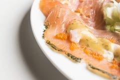 Close-up do salmão fumado servido Fotografia de Stock