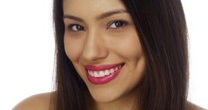 Close up do sorriso mexicano feliz da mulher fotos de stock