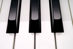 Close up do teclado de piano Fotos de Stock Royalty Free