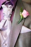 Close-up do terno do casamento do homem dos noivos Fotos de Stock Royalty Free