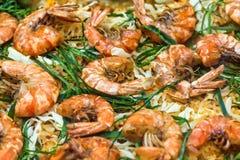 Close-up dos camarões fritados em uma frigideira Fotografia de Stock