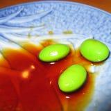 Close up dos feijões de Edamame imagens de stock