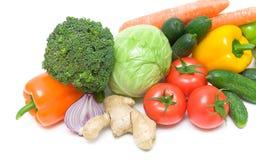 Close up dos legumes frescos no fundo branco Imagens de Stock