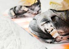 close up dos pés do Montanha-esquiador Imagens de Stock
