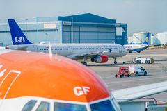 Close up of a Easyjet Airbus plane ready for passengers at Manchester Airport - Daylight 2019. An Easyjet aircraft is prepared for passengers to travel to Prague stock photos