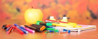 Close-up foto of small school supplies Royalty Free Stock Images