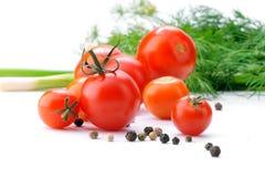 close-up fresco dos tomates no fundo branco Imagem de Stock