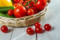 Close-up of fresh tomatoes and vegetables Royalty Free Stock Photos