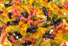 Close-up gekleurde deegwarenachtergrond Royalty-vrije Stock Foto's