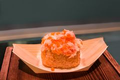 Close-up japonês do serviço do caviar Imagens de Stock Royalty Free