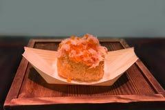Close-up japonês do serviço do sanduíche do caviar Imagens de Stock Royalty Free