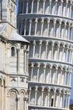 Close-up katedra i oparty wierza w Pisa Fotografia Royalty Free