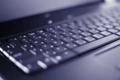 Close-up laptop with shallow DOF Royalty Free Stock Photos