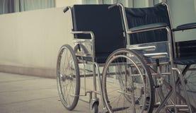 Close-up lege rolstoel openlucht Stock Afbeeldingen