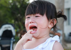 Close-up little girl crying Royalty Free Stock Photos