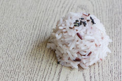 Close up mix of steam jasmine rice and berry rice Royalty Free Stock Photography