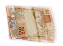 Close up na escala da moeda do brasileiro 50 Imagens de Stock