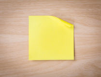 Close up of note paper on wooden Royalty Free Stock Images