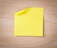 Close up of note paper on wooden Royalty Free Stock Photography