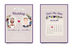 Close up nupcial dos pares no convite do casamento do vintage com data combinada Imagens de Stock Royalty Free