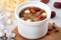 Free Close Up Of Sweet Snow White Fungus Soup With Lotus Seed, Chinese Red Dates And Wolfberry Royalty Free Stock Photos - 199570458