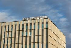 Close-up op een Stad van Glasgow College-de bouw Het onderwijs kan ten gevolge van Brexit lijden stock foto's