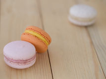 Close-up Oranje Makaron, Macaron op houten achtergrond Royalty-vrije Stock Foto