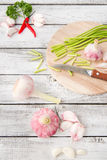 Close-up with peeled garlic Royalty Free Stock Images