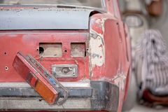 Close-up photo backlight of red rusty car Royalty Free Stock Images