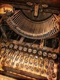 Rusty vintage typewriter Royalty Free Stock Photos