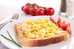 Scrambled egg and toast Royalty Free Stock Photography
