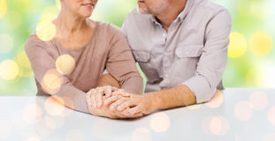 Close up of senior couple holding hands Royalty Free Stock Photography