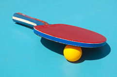 Close up of table tennis racket and ball Royalty Free Stock Photos
