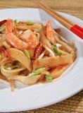 Close-up tailandês da almofada picante do camarão foto de stock