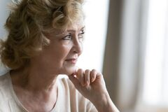 Free Close Up Thoughtful Mature Woman Looking To Aside, Dreaming Royalty Free Stock Photography - 195471577