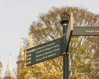 Close up of Tourist Information Directing Sign in Lincoln Cathed. Ral Quarter, Shallow Depth of Field Royalty Free Stock Photos