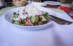 Close up tradicional grego da salada imagem de stock royalty free