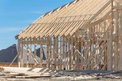 Close-up twee-verhaal stok gebouwd huis in aanbouw in Irving royalty-vrije stock afbeeldingen