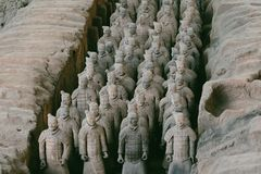 Close-up van beroemd Terracottaleger van Strijders in Xian, China stock foto's