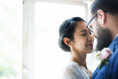 Close-up van Bruid en Bruidegom Standing Together Love Royalty-vrije Stock Foto