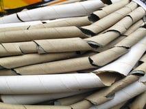 Close-up van bundels van kartonbuizen Stock Afbeeldingen