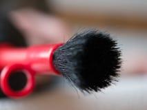 Close-up van camera schoonmakende borstel en lens GLB wordt geschoten dat Stock Afbeelding