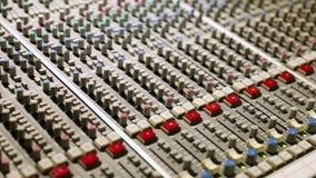 Close-up van de het Mengen zich console stock footage