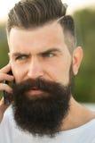 Close-up van de mens met telefoon Royalty-vrije Stock Fotografie