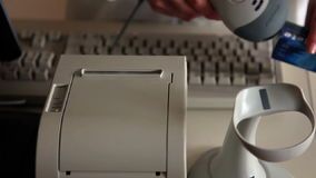 close-up van de opties van een rekeningsbetaling stock video