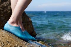 Close-up van de voeten van een jonge vrouw Royalty-vrije Stock Fotografie