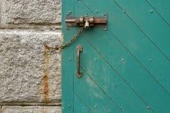 Close-up van een deurslot dat wordt geschoten Stock Fotografie
