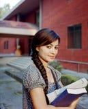 Close-up van een gelukkige Indische student. Stock Foto